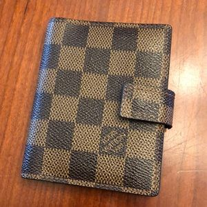 Authentic Louis Vuitton Card Hold